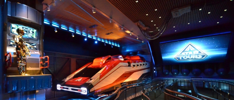 StarTours_disneyland-galactic-flight-simulator